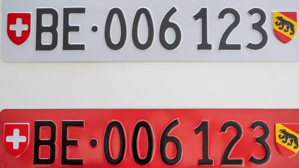 Drittes Kontrollschild für den Heck-Veloträger ab März 2022