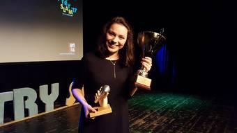 Die Beiträg der frischgebackenen U20-Schweizermeisterin im Poetry Slam Gina Walter.