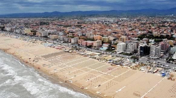 Die Strände von Rimini dürften in diesem Jahr für die Schweizer nicht auf dem Ferienprogramm stehen.