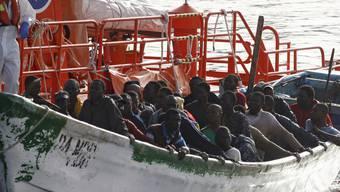 Flüchtlinge stranden in Boote in Spanien (Archiv)