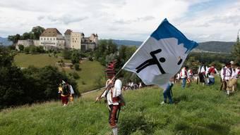 Kadetten siegen im Freischarenmanöver Lenzburg 2012