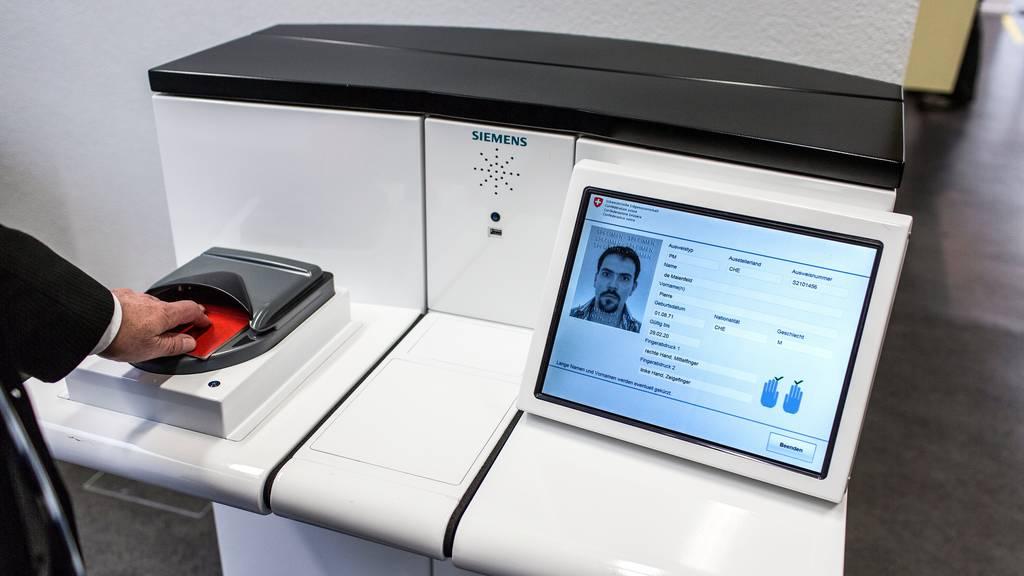 Hacker veröffentlichten Passdaten von 11'000 Schweizern