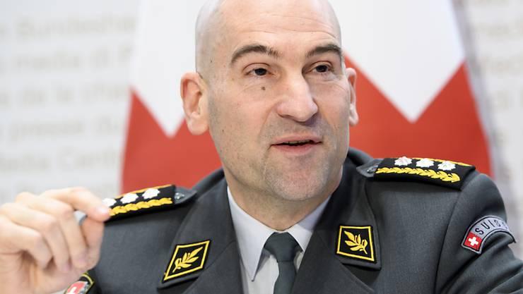Der Chef der Schweizer Armee, Thomas Süssli, hat sich positiv über die Leistungen der Truppe während des Coronavirus-Einsatzes geäussert - gleichzeitig sieht er aber auch in einigen Bereichen gewissen Bedarf zu Verbesserungen. (Archivbild)
