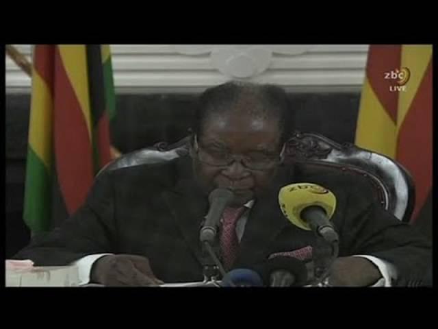 Simbabwe: Robert Mugabe tritt nicht wie erwartet zurück