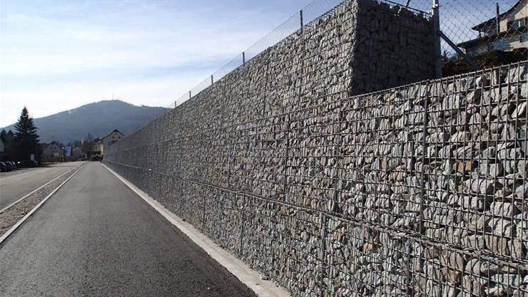 Grau in grau: Nachher ist da nur noch ein Veloweg mit grauer Stützmauer.