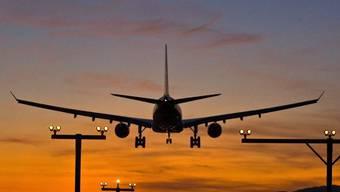 Die Diskussion über den Fluglärm erhitzt in Deutschland und der Schweiz die Gemüter (Symbolbild)