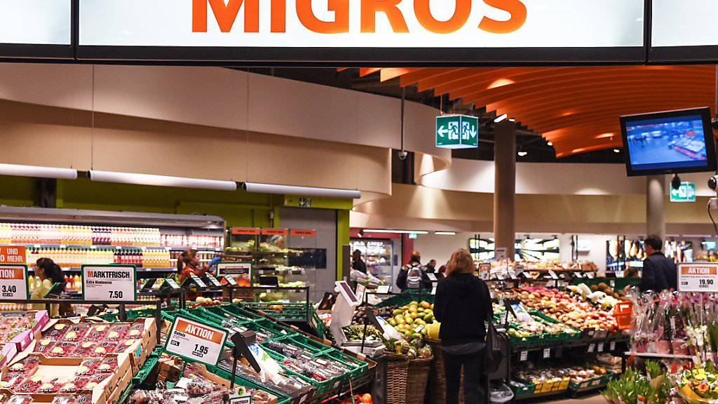 Die Migros-Gruppe hat im vergangenen Jahr ihren Umsatz um 1,3 Prozent auf 28,4 Milliarden Franken gesteigert. (Archiv)