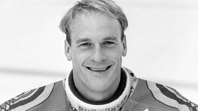 Der junge Renato Tosio hexte 1985/86 noch für den EHC Chur. Er verhinderte mit seinen Paraden den sportlichen Aufstieg des SCB