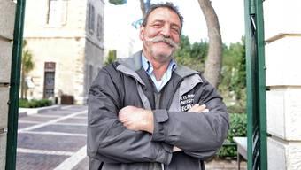 Heute ist er Wachmann: Sulejmann am Eingang der Universität von Bethlehem.