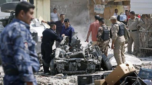 Verwüstungen nach einem der Anschläge in Basra