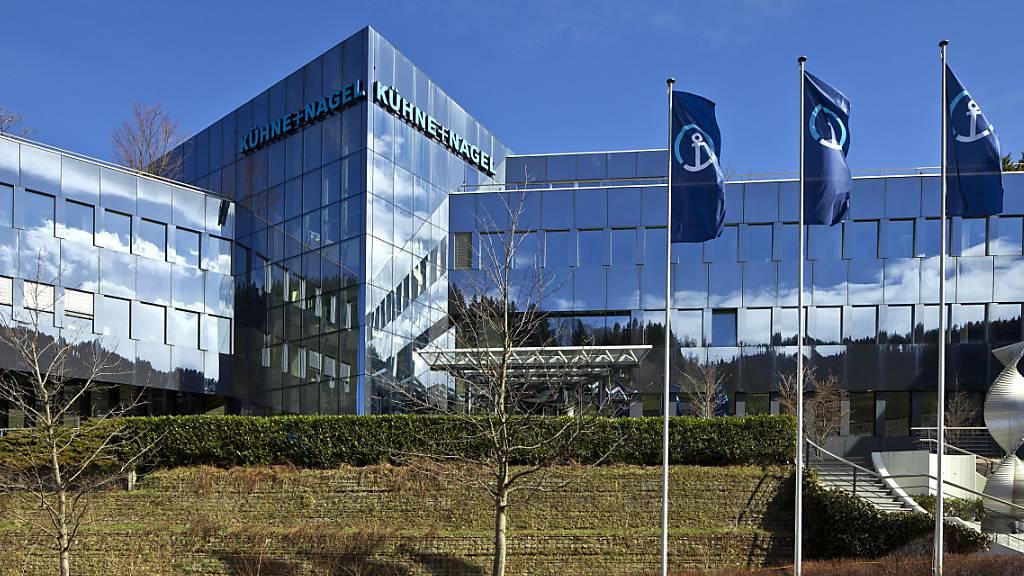 Kühne+Nagel verbessert Ergebnis im dritten Quartal klar