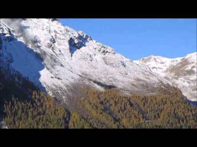 Der Felsssturz vom Tal aus gesehen.