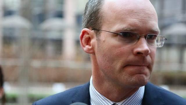 Der irische Landwirtschaftsminister Simon Coveney vor dem Treffen