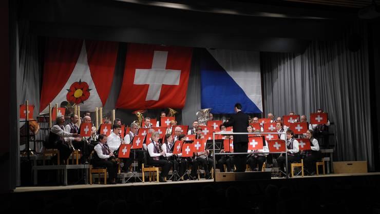 Die Harmonie Birmensdorf hat ihr Jahreskonzert unter das Motto Schwiizerabig gestellt