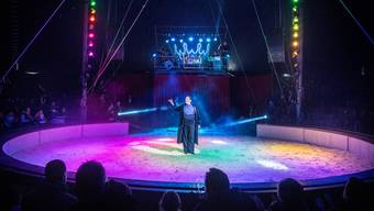 Das diesjährige Programm des Circus Royal feierte vor halbleeren Rängen Premiere.