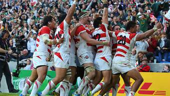 Feierte den ersten Sieg an einer WM seit 1991 ausgiebig: Japans Rugby-Team