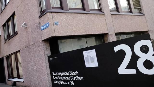 Ein Sozialhilfebetrüger stand vor dem Berzirksgericht Zürich (Symbolbild)