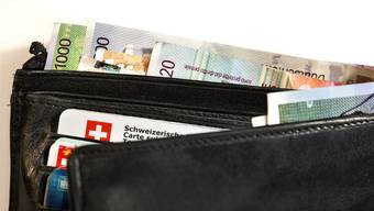 Die Löhne von Schweizer Gemeindepräsidenten stehen in der Kritik. (Symbolbild)
