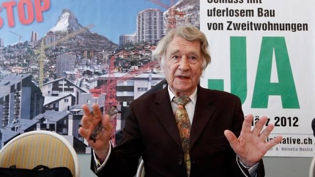Franz Weber spricht zum Kampagnenstart in Bern