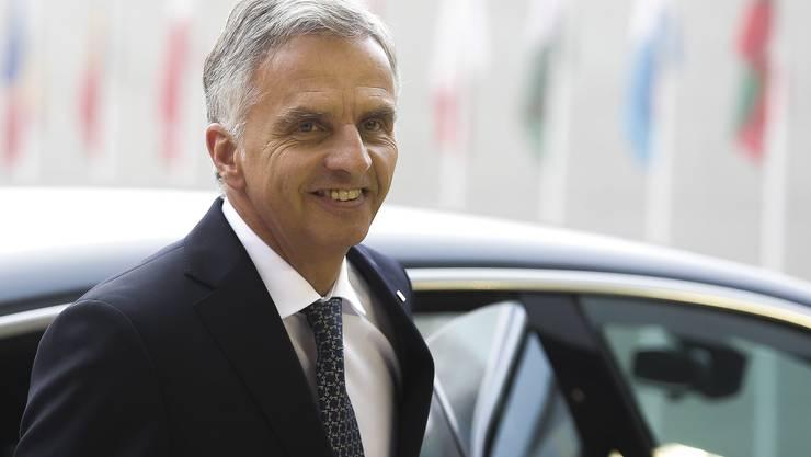Gute Miene zum bösen Spiel: Aussenminister Burkhalter kommt nicht voran.