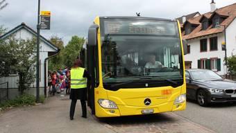 Familie in Eptingen fordert einen Schulbus. (Symbolbild)