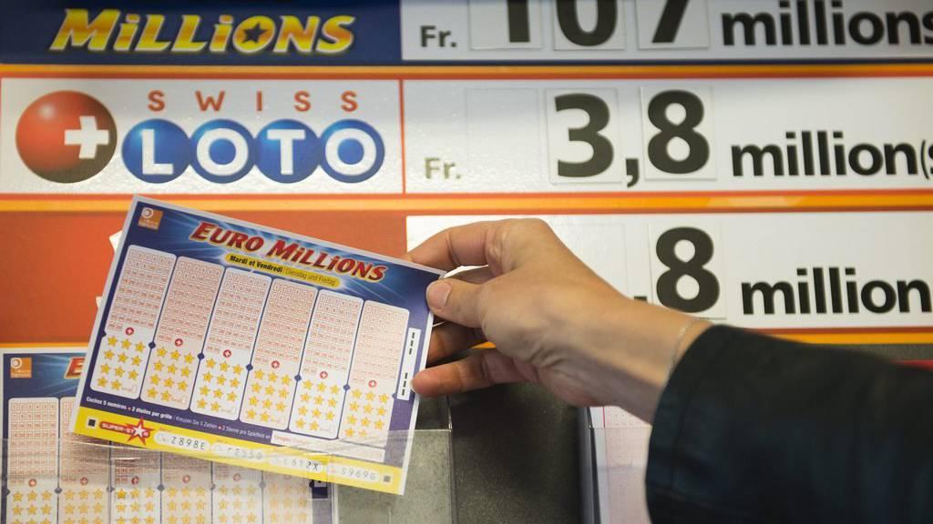Glückspilz gewinnt fast 200 Millionen Franken