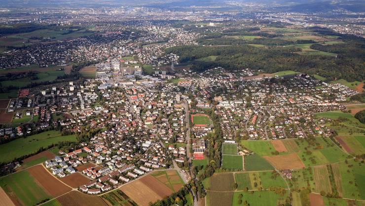 Die Gemeinde Therwil aus der Vogelperspektive.