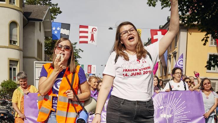 Bilder wie diese wird es aufgrund von Corona nun nicht geben: Impression von der Demonstration am Frauenstreik 2019 in Aarau.