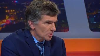 Hausarzt und Grünen-Grossrat Severin Lüscher verteidigt die Eintrittsgebühr für Notfallpatienten