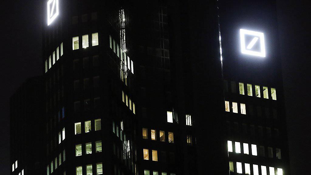 Hauptsitz der Deutschen Bank in Frankfurt: Die Negativschlagzeilen um Deutschlands grösstes Geldinstitut stehen sinnbildlich für die Probleme der europäischen Banken.