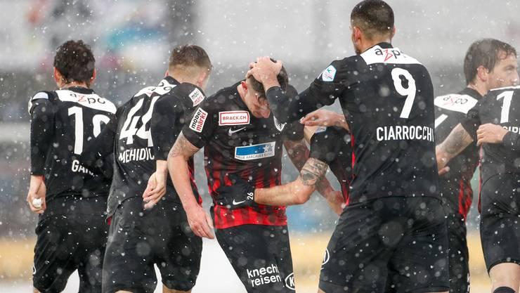 Dank Sébastien Wüthrich (m.) kam der FCA gegen Schaffhausen doch noch zu einem Punktgewinn.