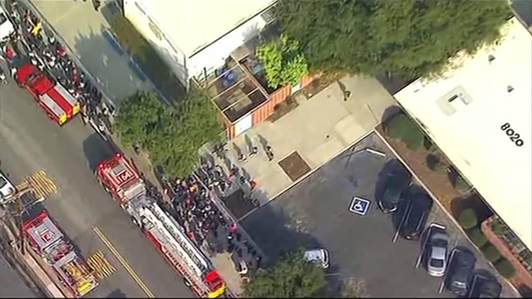 Flugzeug lässt Kerosin über Schulen ab - 40 Verletzte