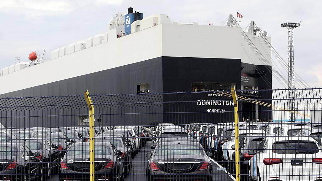 VW mit Absatzeinbruch in USA - BMW und Daimler legen zu