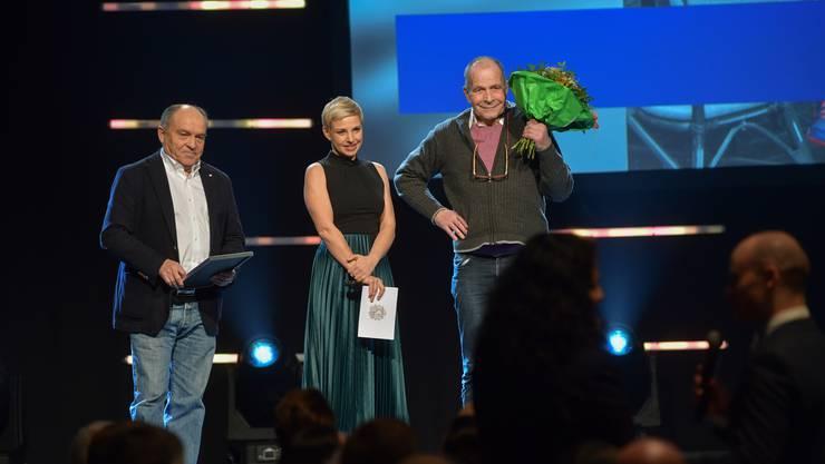 Die Bilder des Abends: Jürg Ringier bekam für sein Engagement im Frauenhandball und für sein Lebenswerk den Sport Basel Preis.