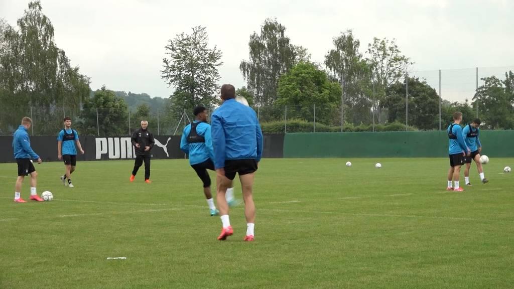 Fussballsaison geht weiter: Fast-Geisterspiele und offene Fragen