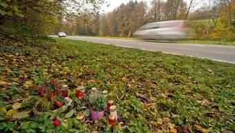 Die Surbtalstrasse zwischen Endingen und Lengnau wird frühestens 2016 verbreitert.