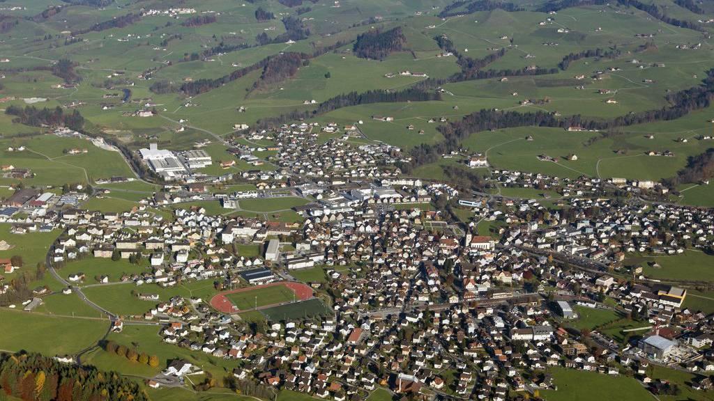 In Appenzell braucht die Verwaltung mehr Platz, ein neues Gebäude ist geplant. (Archiv)