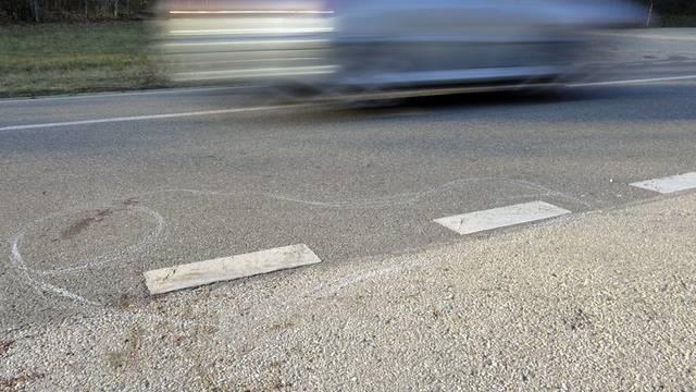 In Schupfart waren drei Automobilisten mit überhöhter Geschwindigkeit unterwegs. (Symbolbild)