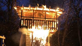 Am Holzturm entstand ein grosser Schaden.