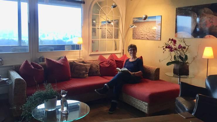 Barbara Erb hat ihre Wohnung in der Telli Aarau für die Dreharbeiten für den «Bestatter» zu Verfügung gestellt. Sie dient als Wohnung von Reto Doerig.