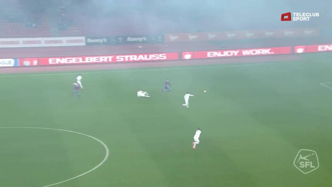 Super League, Saison 2018/19, Runde 27, FC Zürich-FC Basel, Schuss von Ricky van Wolfswinkel