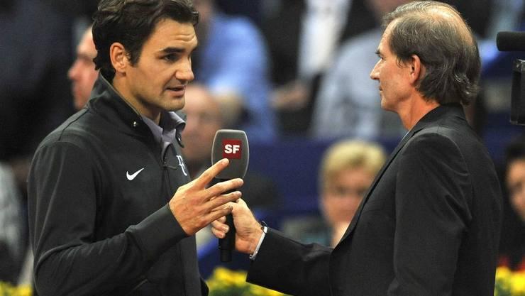 Federer nach seinem Sieg im Interview mit Heinz Günthardt.