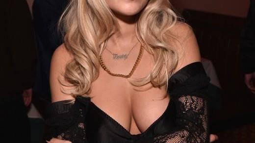 Rita Oras Luxus-Schmuck im Flugzeug vergessen