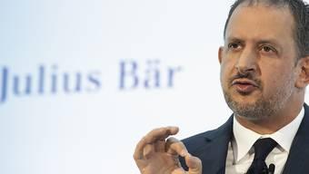 Julius-Bär-Chef Philipp Rickenbacher ist im letzten Jahr mit 4,4 Millionen Franken entlöhnt worden. (Archiv)