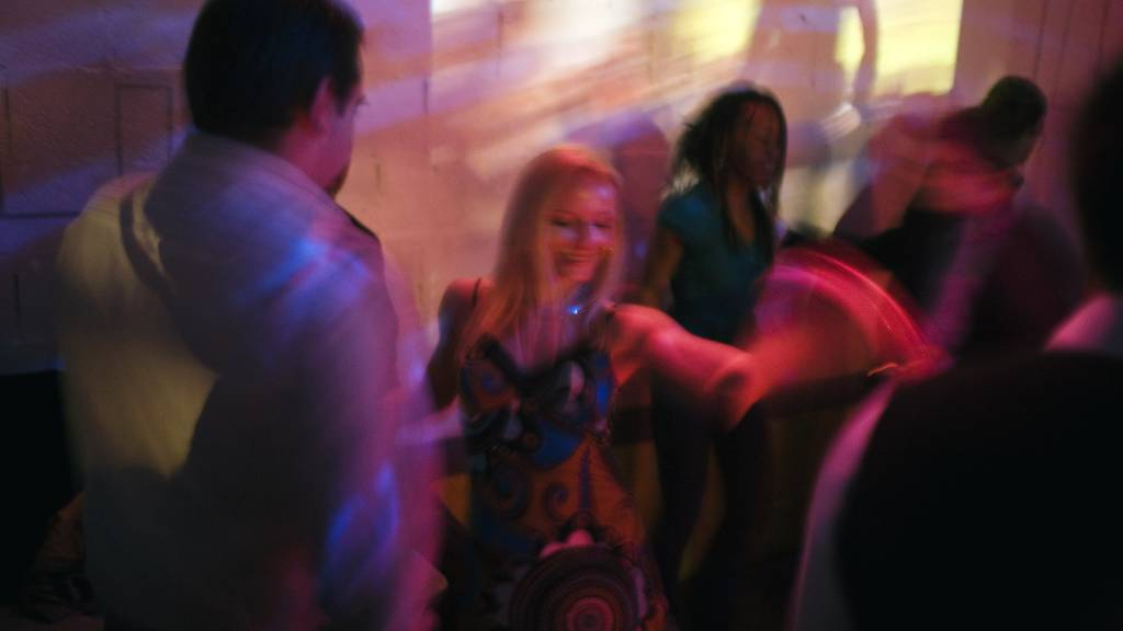 Schon wieder: Fast 100 Leute feiern in St.Galler Wohnung