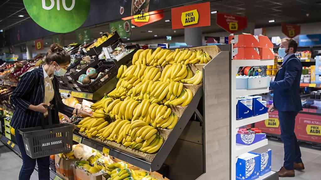 Auch bei Aldi in der Schweiz sind die Umsätze mit Bio-Produkten massiv gestiegen. (Archivbild)
