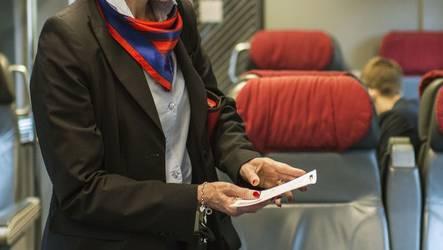 Das Verhalten der Zugbegleiterin zeigt, wie gelöst die Sprachgruppen mittlerweile miteinander umgehen können.