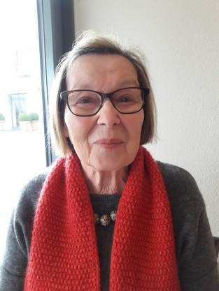 Rose-Marie Storrer, Boniswil: «1967 bin ich mit meiner Familie nach Nussbaumen gezogen und bald schon besuchten wir den Himmel. Ich erinnere mich noch gut an die grossen Canapés. Seit 28 Jahren wohne ich nicht mehr in der Region, komme aber fast wöchentlich nach Baden und natürlich ins Café Himmel.»