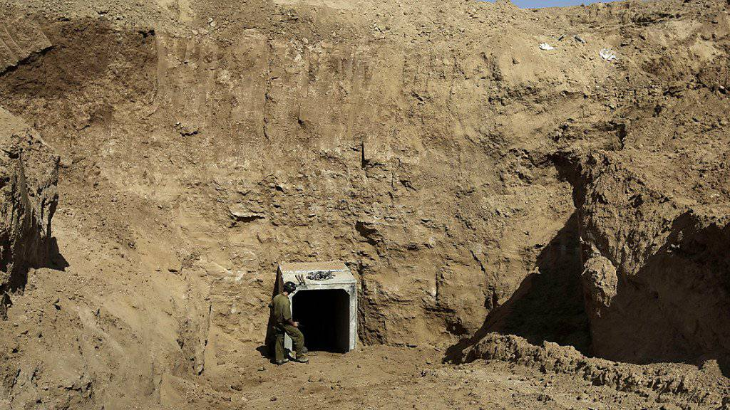 Eingang eines früher entdeckten Hamas-Tunnels an der Grenze des Gazastreifens zu Israel (Archiv)