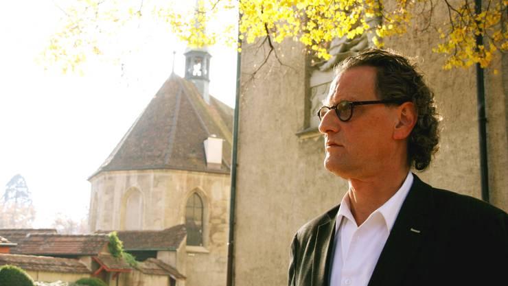Geri Müller stellt sich in Baden den Fragen der Journalisten.